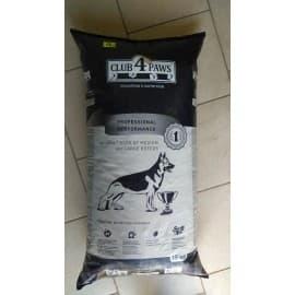 CLUB 4 PAWS medium and large breeds для собак средних и крупных пород, 15 кг